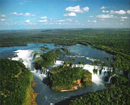 Toàn cảnh thác nước Iguazu