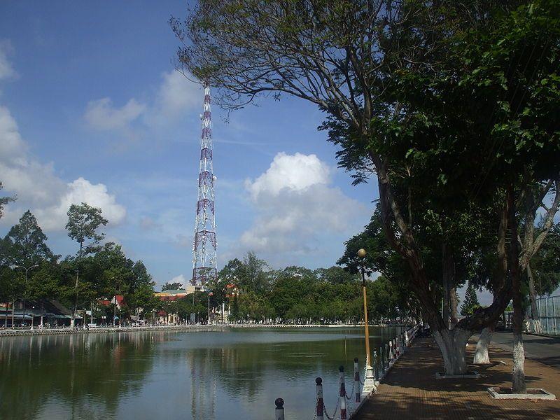 Công viên Nguyễn Du