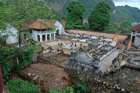 Nhà ngục và bảo tàng Sơn La