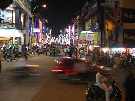 Đường Commercial, Bangalore