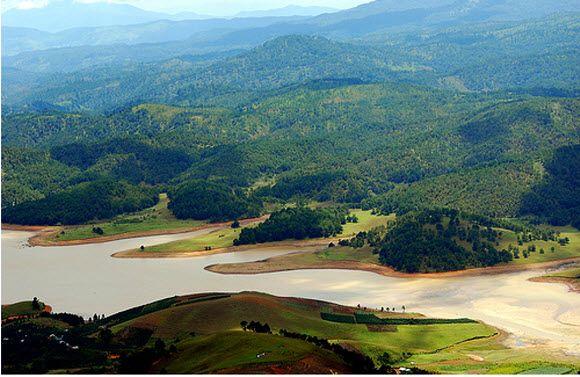 Hồ suối Vàng