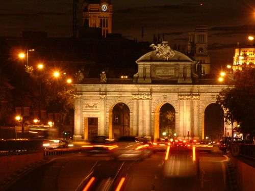 Cổng Alcala tại Madrid