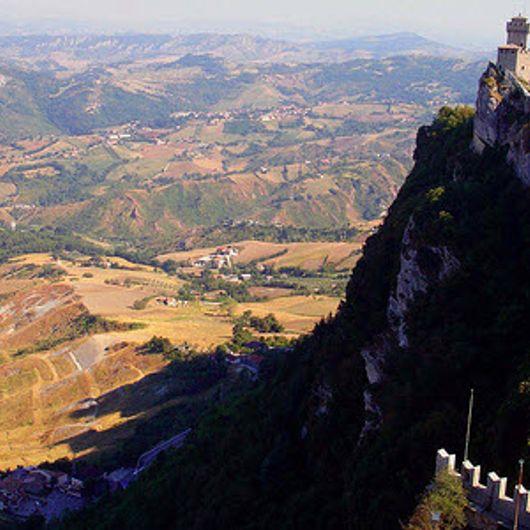 Góc nhìn của pháo đài trên đỉnh Titamo