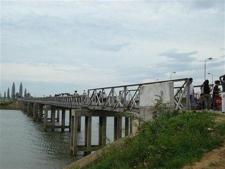 Cầu Hiền Lương, sông Bến Hải