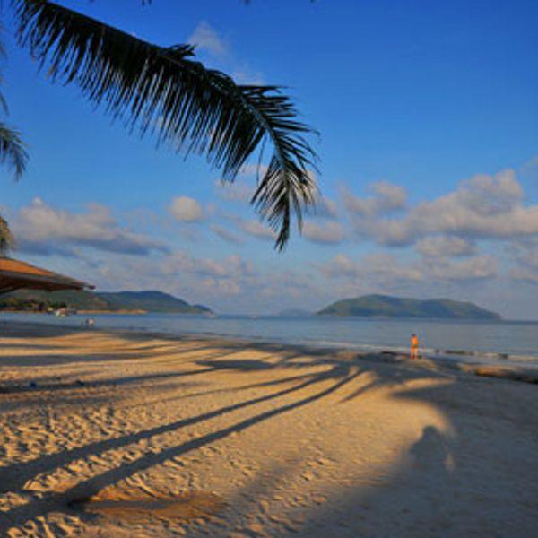 Những bãi biển hoang sơ tuyệt đẹp.
