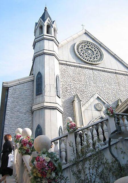 Do phải bám theo đoàn nên không có thời gian chụp toàn cảnh nhà thờ, chỉ có chụp được từng góc nhỏ...