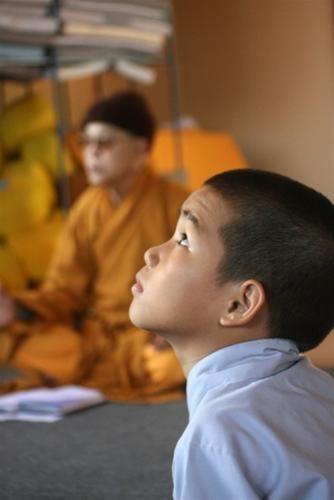 Những bài giảng giản dị, gần gũi mà khai sáng cõi tâm