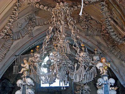Nhà thờ Bone ở Kutná Hora, cộng hòa Czech.