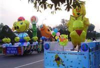 Thi lồng đèn lớn tại Lễ hội Trung thu Phan Thiết