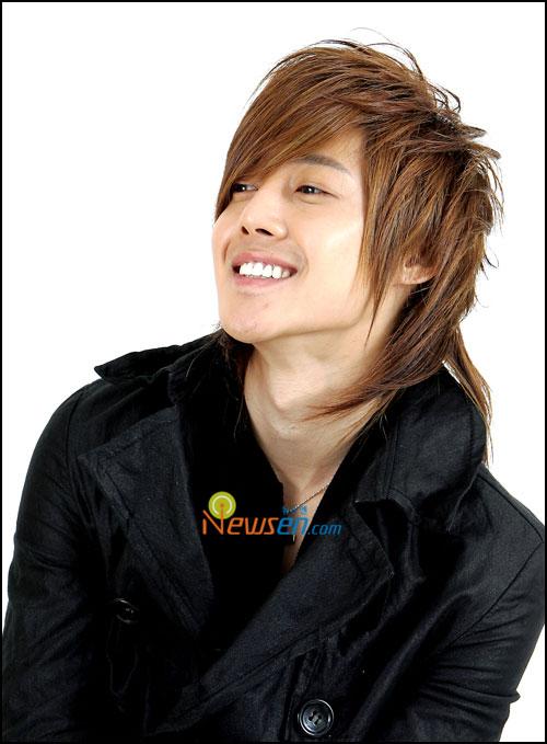 [Game] Slap/Kiss - Page 2 Bof-kim-huyn-joong-bi-tai-nan-o-to-3