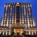 Khách sạn  Celadon Palace