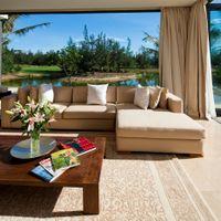 Phòng khách - The Ocean Villas