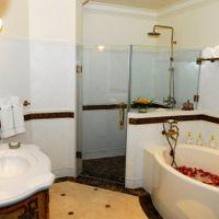Bath Room - Khách sạn Imperial Vũng Tàu