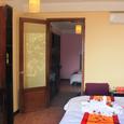 Phòng ngủ - Khách Sạn Elegance