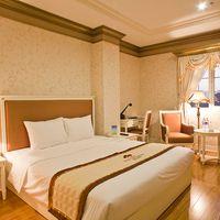 Phòng Deluxe - Khách sạn Brilliant Đà Nẵng