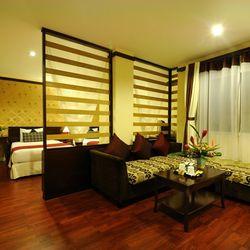 Khách sạn Asian Ruby Luxury