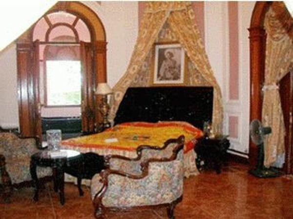 phòng vua+hoàng hậu 44277 - Biệt thự Bảo Đại