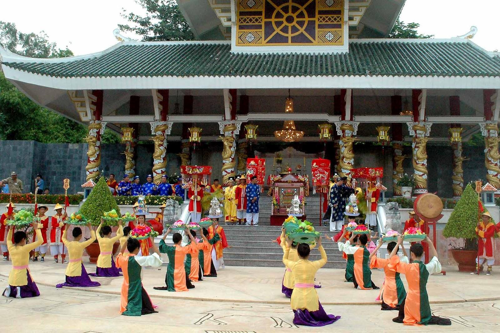 Châu Đốc chuẩn bị cho Lễ hội vía Bà Chúa Xứ núi Sam 3