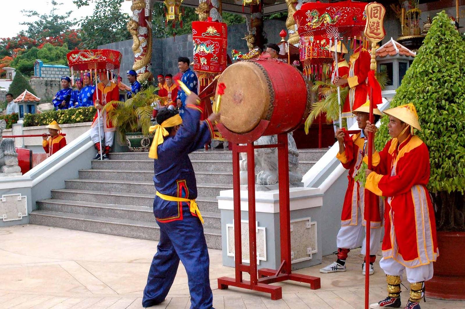 Châu Đốc chuẩn bị cho Lễ hội vía Bà Chúa Xứ núi Sam 1