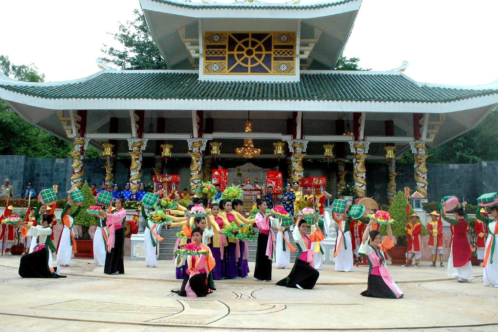 Châu Đốc chuẩn bị cho Lễ hội vía Bà Chúa Xứ núi Sam 4