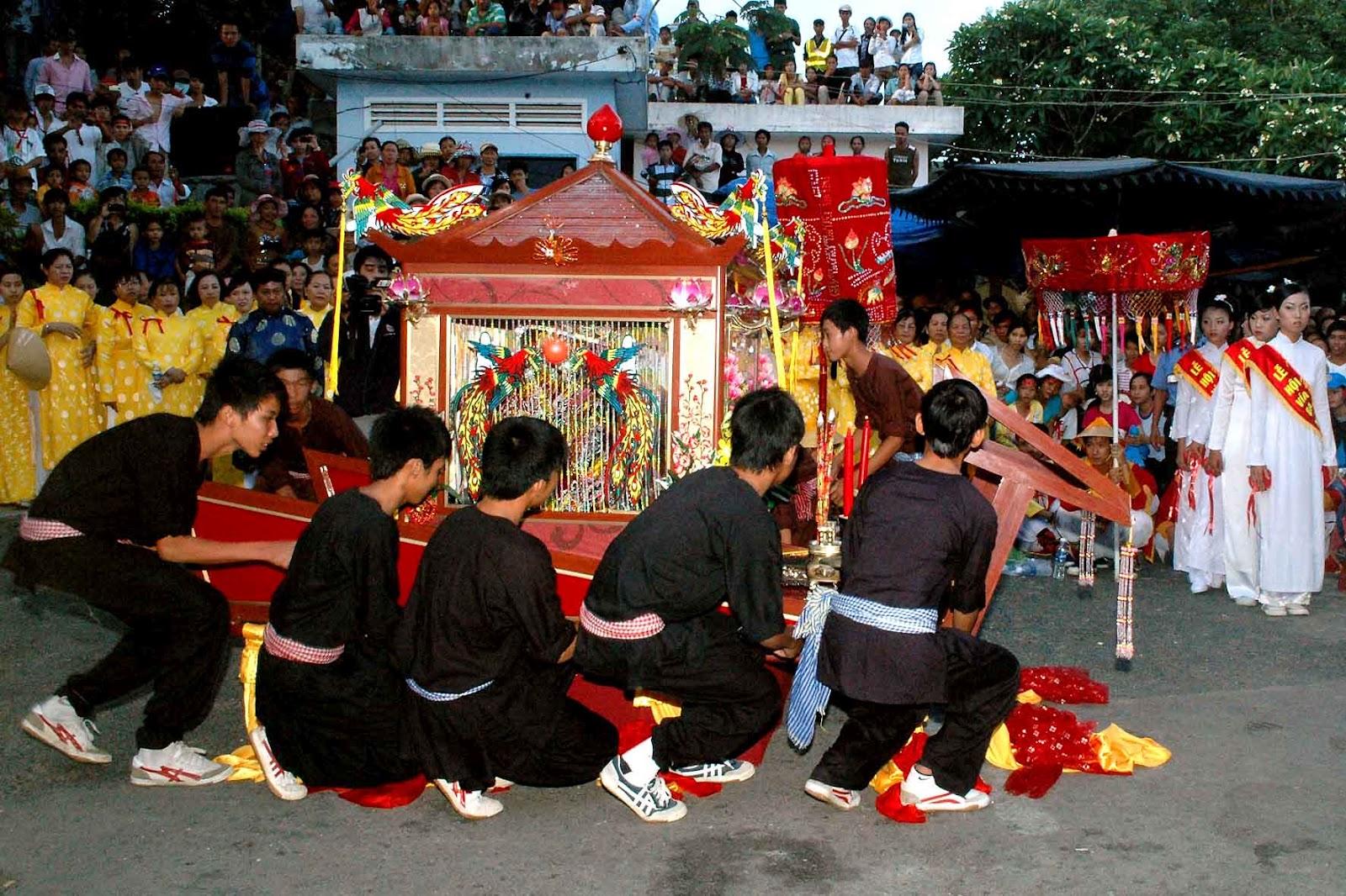 Châu Đốc chuẩn bị cho Lễ hội vía Bà Chúa Xứ núi Sam 5