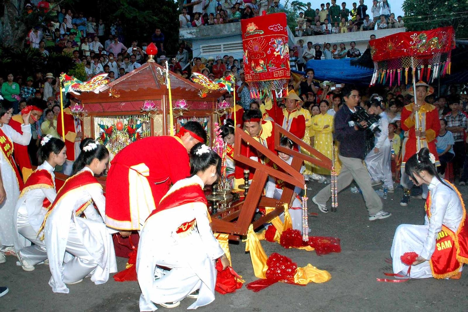 Châu Đốc chuẩn bị cho Lễ hội vía Bà Chúa Xứ núi Sam 7