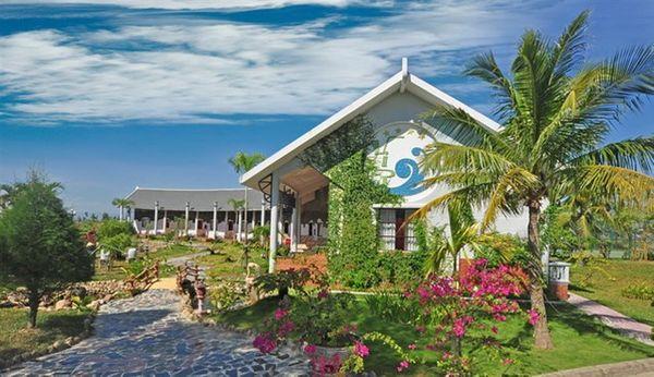 Khách sạn Tam Giang