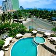 Hồ bơi - Khách sạn The Light Nha Trang