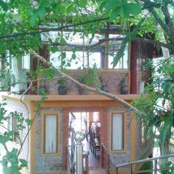 Khách sạn Hồ Ngọc Hòa Bình
