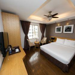 Khách sạn Aries Sài Gòn