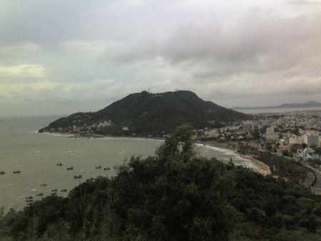 Núi lớn