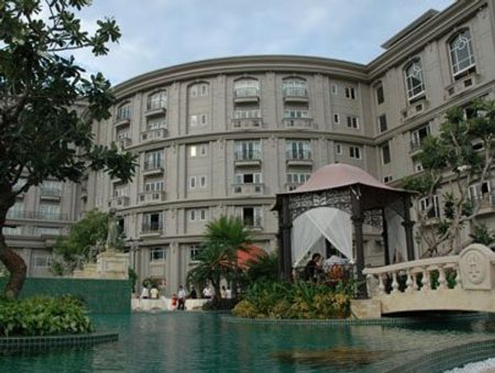 A view of The Imperial Hotel in Thuy Van Street in Vung Tau City