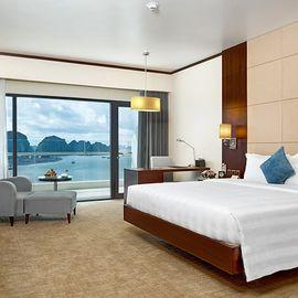 Khách sạn Wyndham Legend Hạ Long - Hạ Long