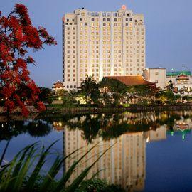 Khách sạn Sheraton Hanoi - Hà Nội