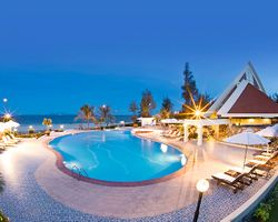 Centara Sandy Beach Resort Đà Nẵng