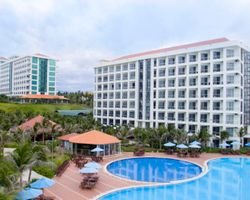 Golden Peak Resort & Spa Cam Ranh